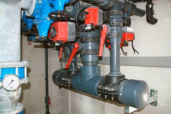 Instalación hidráulica fuente pública